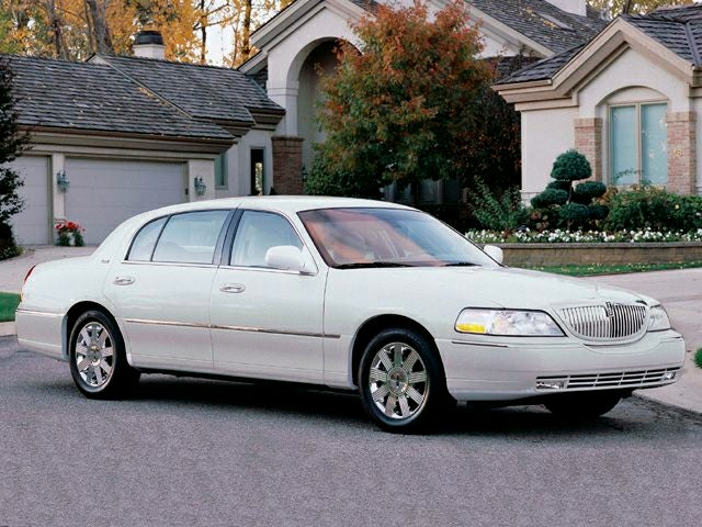 2003 Lincoln Town Car Signature Dealer In Greer South Carolina