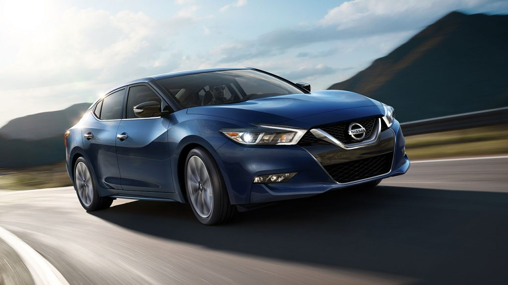 The Nissan Maxima Is A Sporty Sedan That Offers Ample Interior E For Small Family And Sweet Style Looks Cool Navigating Streets